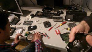 Festplatten zerlegen und Teile daraus recyclen